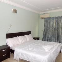 Emars Hotel & Suites