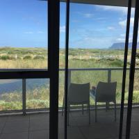 Mountain Sea View Apartment