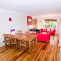 Apartment Wharf- Milligan Street Holiday Home