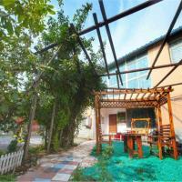LvRong ZhuangYuan Villa