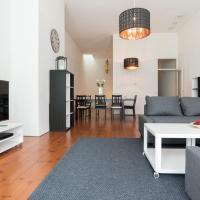 Maas Apartment