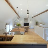 The Barn @Bourne Eau House