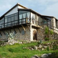 Andraclos House