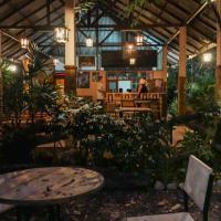 Microkosmos Guesthouse (Chiang Dao)