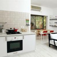 Dizengoff Apartment