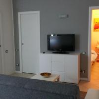 Chris Apartment