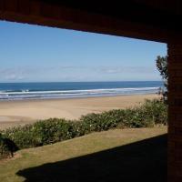 Sunshine Beachfront Cottage