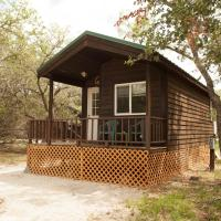 Medina Lake Camping Resort Studio Cabin 1