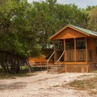 Medina Lake Camping Resort Cabin 6