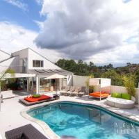 1040 - Beverly Hills Modern Estate