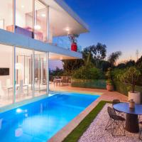 1062 - Hollywood Contemporary Villa