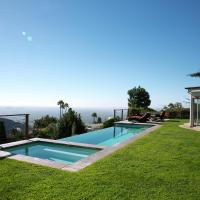 1090 - Sunset Infinity Pool View