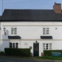 The Queens Lodge