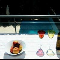 Pool House Saronida