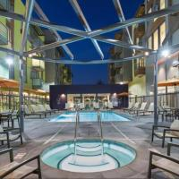 Global Luxury Suites in Emeryville