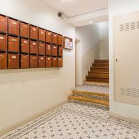 Puerta Sol Rustic Apartment