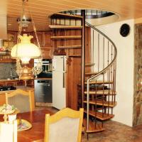 Family Country Villa close to Golden Circle