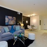Downtown LA Elegant Resort Style Suite