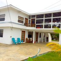 Bamboleo Inn Belize