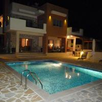 Villas  Villa Estia Opens in new window
