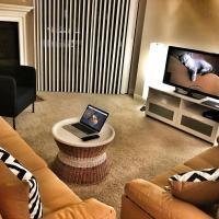 Luxury Westwood Apartment