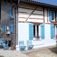 Holiday home Les Volets Bleus 2