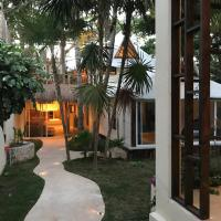 Luna Maya House