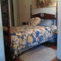 Private Room on Lake Warren