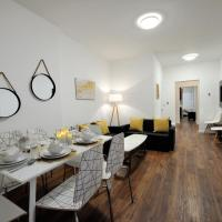 Places4stay Little Italy Luxury
