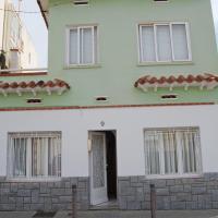 Familiar house near the beach