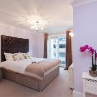 Canary Wharf Luxury Riverside Apartment
