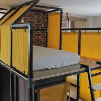 La Maison Rouge - Backpacker Hostel