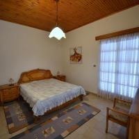 Vacation Home  Tzaki Country House