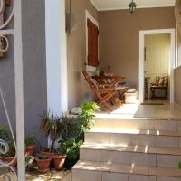 Bright & Cozy House