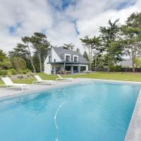Beautiful House, Pool, and Beach within Walking Distance in Piriac-sur-Mer