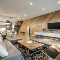Modern Sleek and Elegant House