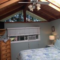 Secret Garden Inn & Cottages