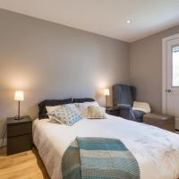 Newly Renovated GORGEOUS 3BR Townhouse w/ Parking