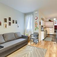 Hip Two Bedroom in Dundas West