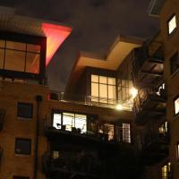 Zeus Apartment