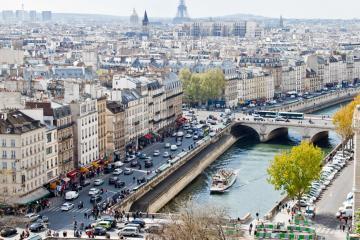 Paris: Location de voitures dans 90 lieux de prise en charge