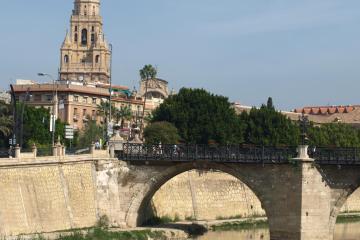 Murcia: Car rentals in 2 pickup locations