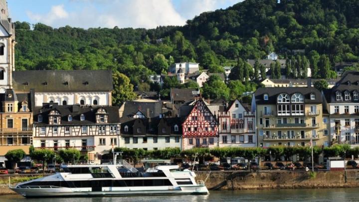 Encuentra el mejor lugar para navegar en barco en Boppard
