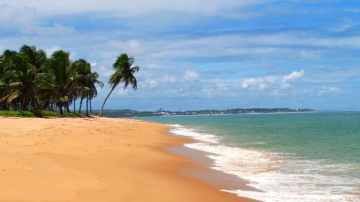 Encuentra el mejor lugar para las playas de arena en Conde