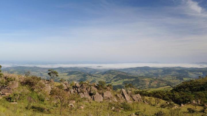 Encuentra el mejor lugar para pasear por la naturaleza en Pedra Azul