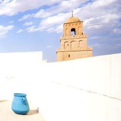 Кайруан 6 готелів