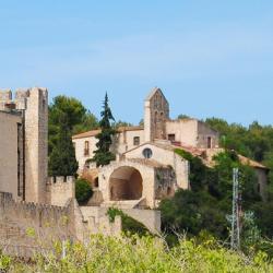 Castellet 3 hotels