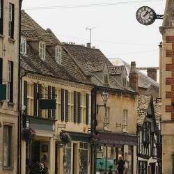 Winchcombe 32 hotels