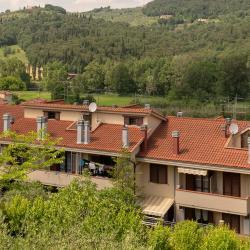 Camaione 11 hotels