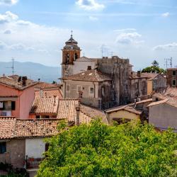 Castel San Pietro Romano 6 отелей